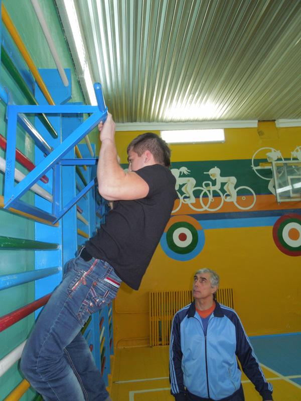 Соревнования по гимнастике и армспорту