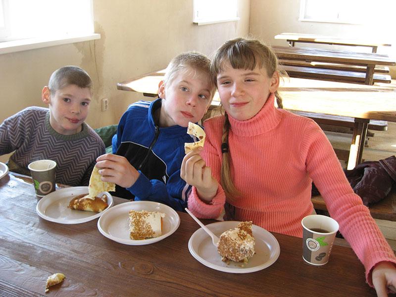 Традиционным стало празднование дня именинника в школе