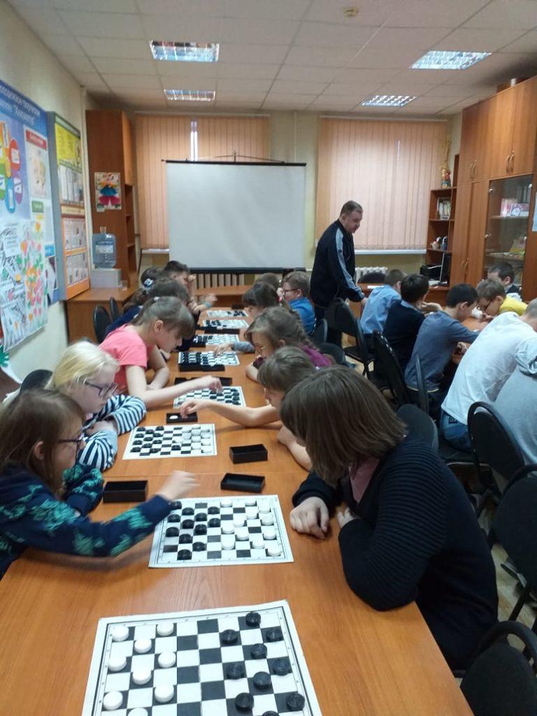 Школьный этап соревнований по шашкам